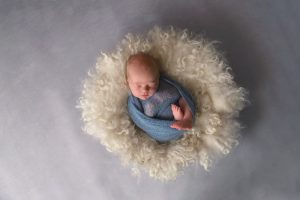 Albury Newborn in fluffy prop blue