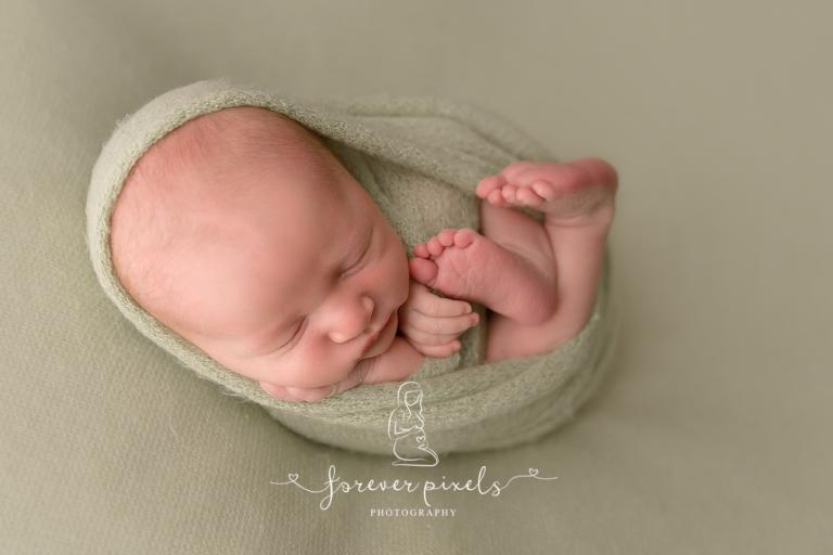 Newborn session wodonga