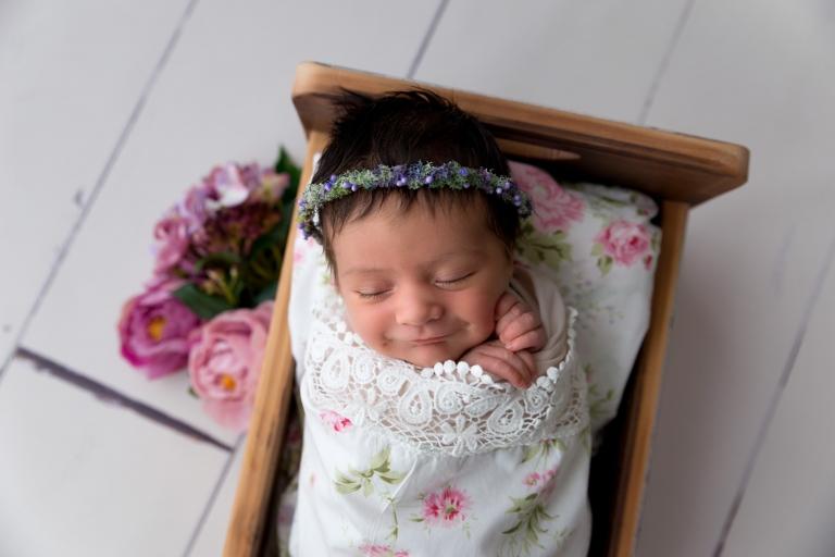 newborn baby photos smile baby